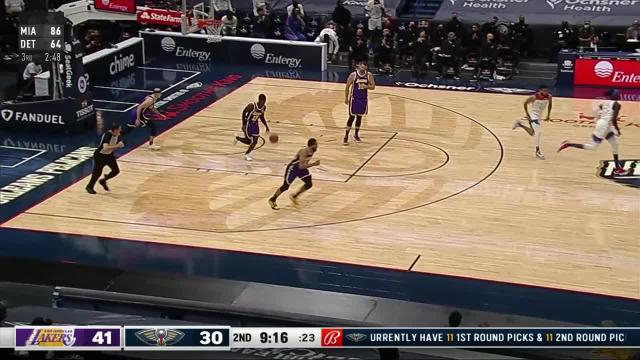 Picture for New Orleans Pelicans | Dunk by Wenyen Gabriel