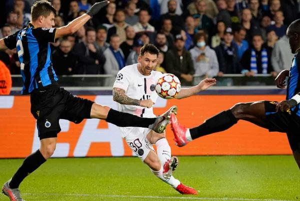 Picture for Champions League: PSG held on Messi's first start while Haller hits four for Ajax