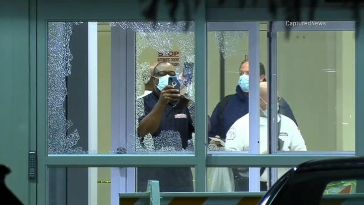 Cover for Stroger Hospital shooting: Chicago Fire Department paramedic shot while tending to patient, CPD says