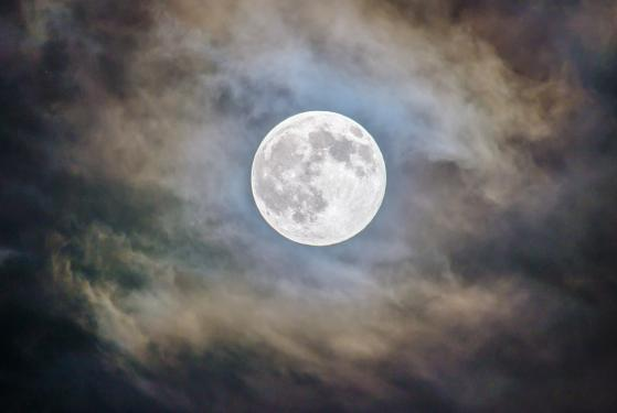 Picture for The Full Moon, Venus, Jupiter: What's In The Skies For Disney, Bank Of America Stocks?
