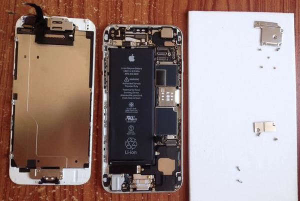 Picture for How and where to replace your old, depleted iPhone battery