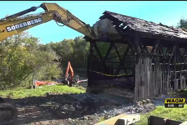 Picture for MDOT removes remains of Watson Settlement Bridge
