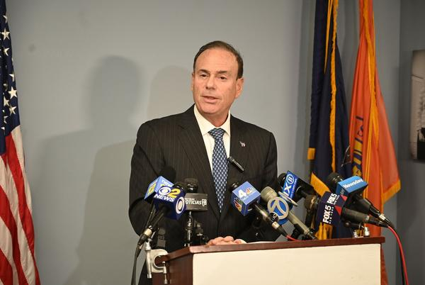 Picture for NYS Dem leader apologizes for KKK analogy in Buffalo mayor's race