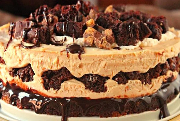 Picture for Perfect Peanut Butter Brownie Cheesecake Recipe