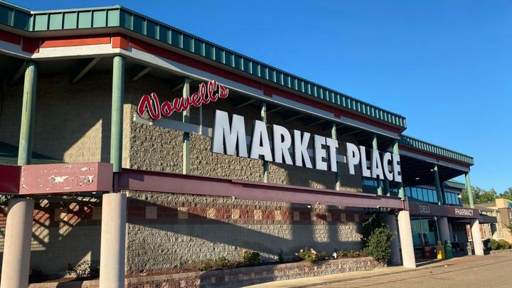 Cover for Vowell's Marketplace to shut its doors