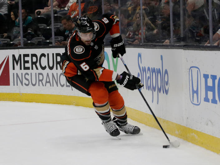 Ducks Defense Deeper Stronger With Erik Gudbranson Josh Manson In It News Break