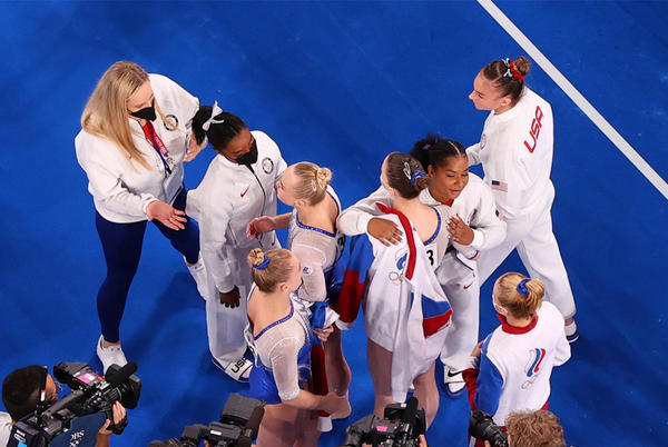 Picture for Why It's Not Surprising That Simone Biles Cheered For Angelina Melnikova