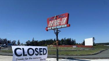 Drive In Movie Theaters In Washington State Can T Open Yet These Drive In Theater Owners Want To Change That News Break