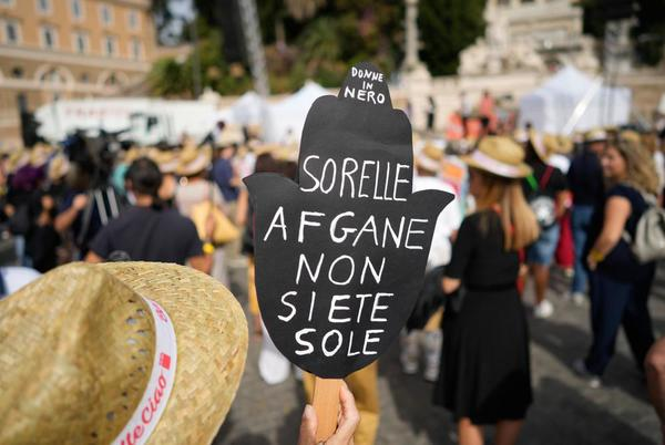 Picture for Italians come out to demand support for Afghan women