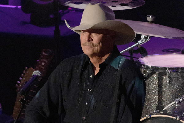 Picture for Alan Jackson suffering from degenerative nerve condition: 'It's getting more and more obvious'