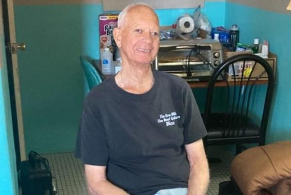 Picture for 84-year-old man stranded at Arizona motel after son allegedly abandons him