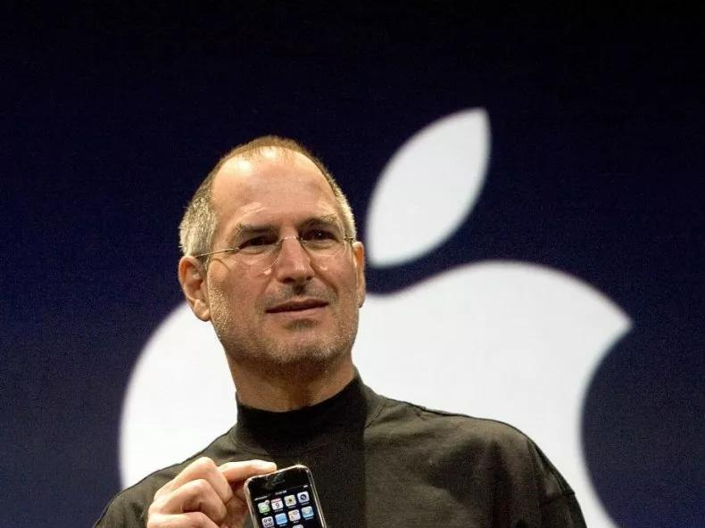in-photos-the-evolution-of-the-iphone