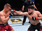 Picture for UFC free fight: Kelvin Gastelum snaps losing skid with decision win over Ian Heinisch