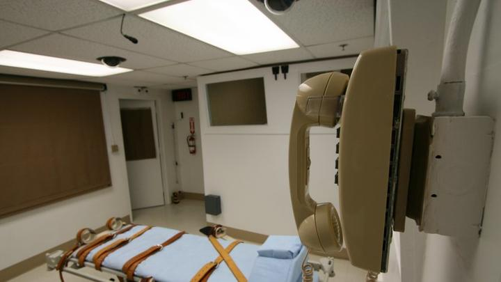 Cover for Oklahoma sets 7 execution dates after 6-year hiatus