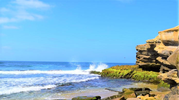 Cover for Enjoy these San Diego beaches with the most stunning coastal views that will leave you speechless!