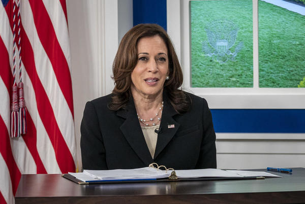 """Picture for Kamala Harris' appearance on """"The View"""" delayed by co-hosts' positive COVID-19 tests"""