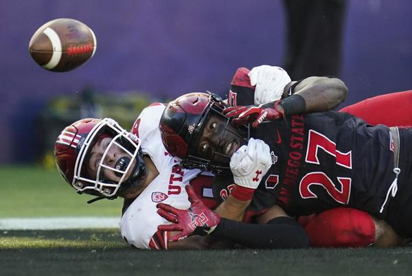 Picture for San Diego St blows lead, holds off Utah 33-31 in triple OT