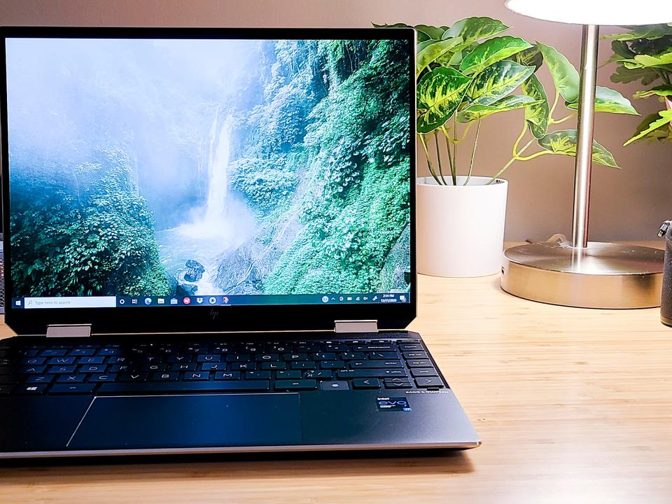 this-is-one-of-the-best-laptops-for-students-and-right-now-it-s-200-off