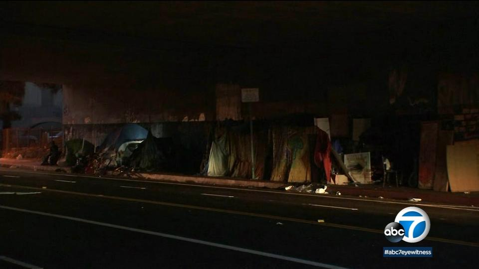 Picture for Mayor Garcetti signs plan to restrict homeless encampments on sidewalks, other public spaces