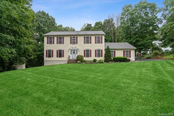 Picture for 37 W Forest Trail, East Fishkill, NY 12531