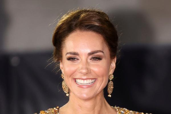 Picture for Duchess Kate channels a Bond girl at 'No Time To Die' London premiere: See her epic gold gown