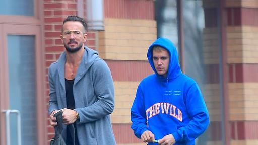 Justin Bieber Hits The Gym With Pastor Turned Mentor Carl Lentz After Seeking Help Following Depression Diagnosis News Break