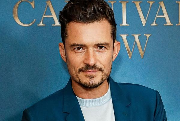 Picture for Orlando Bloom Decorates Daughter Daisy Dove's Bedroom in Flowers: 'Dad of the Year'