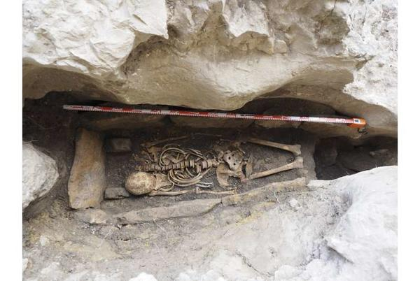 Picture for Excavation of a Hispano-Visigothic grave at Ojo Guareña