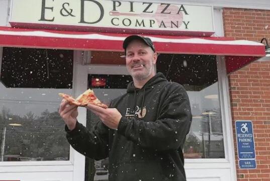 Picture for Avon pizzaiolo wins World Pizza Champion