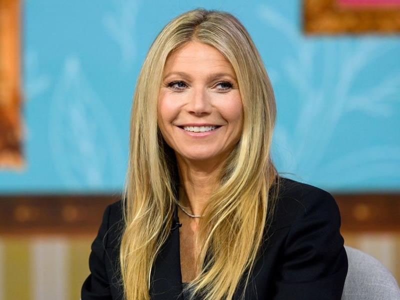 Gwyneth Paltrow Shares Photos Of Ex Chris Martin And Husband Brad Falchuk For Father S Day News Break