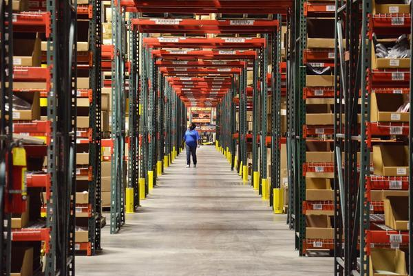 Picture for Radial hiring 3,000 seasonal workers at Rialto, Montebello warehouses