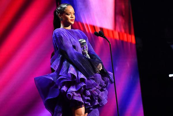 Picture for Rihanna Calls Out Kentucky Attorney General's Black History Month Post, Demands Justice For Breonna Taylor