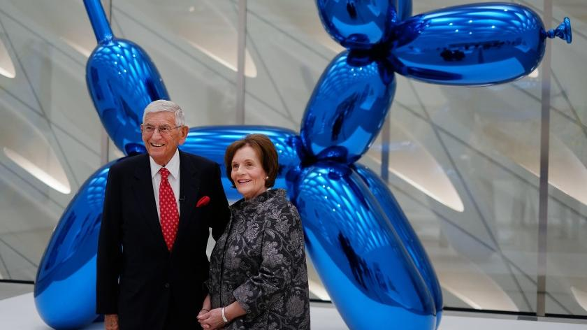 Picture for Jeff Koons recalls how Eli Broad doubled down on the first 'Balloon Dog' sculpture