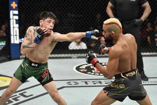 Picture for Midnight Mania! Brandon Moreno vs Deiveson Figueiredo trilogy booked for UFC 269