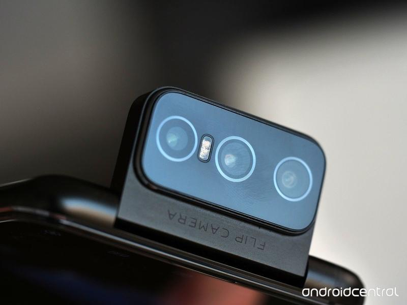why-dont-we-see-any-more-pop-up-selfie-cameras