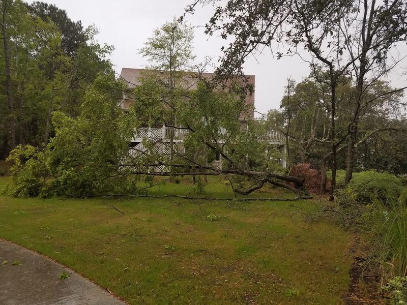 Strong Storms Tornadoes Sweep Across Southeastern Nc Leaving Behind Damage News Break