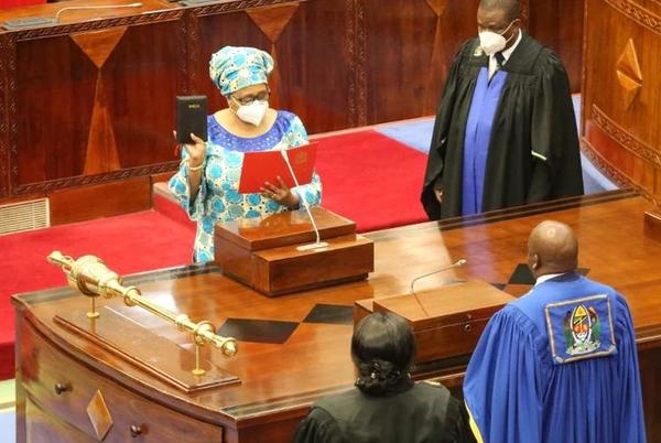 Picture for Tanzania's Female President Appoints Woman as Defense Minister