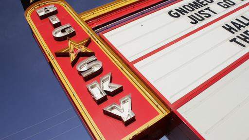 Drive In Revival Escape To The Best Retro Drive In Movie Theaters In Texas News Break