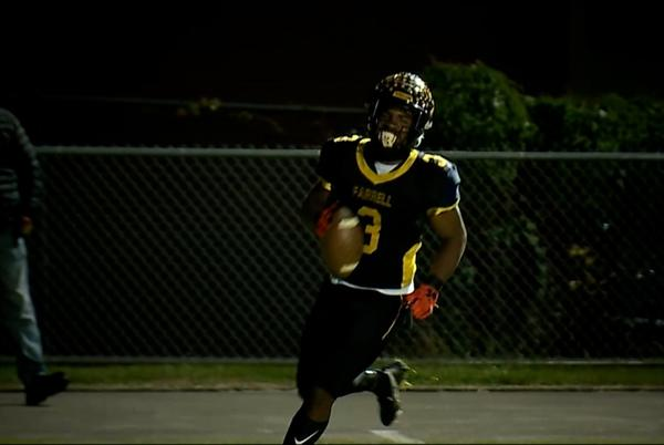 Picture for Holden throws 4 TDs; Farrell registers 78 points in their win