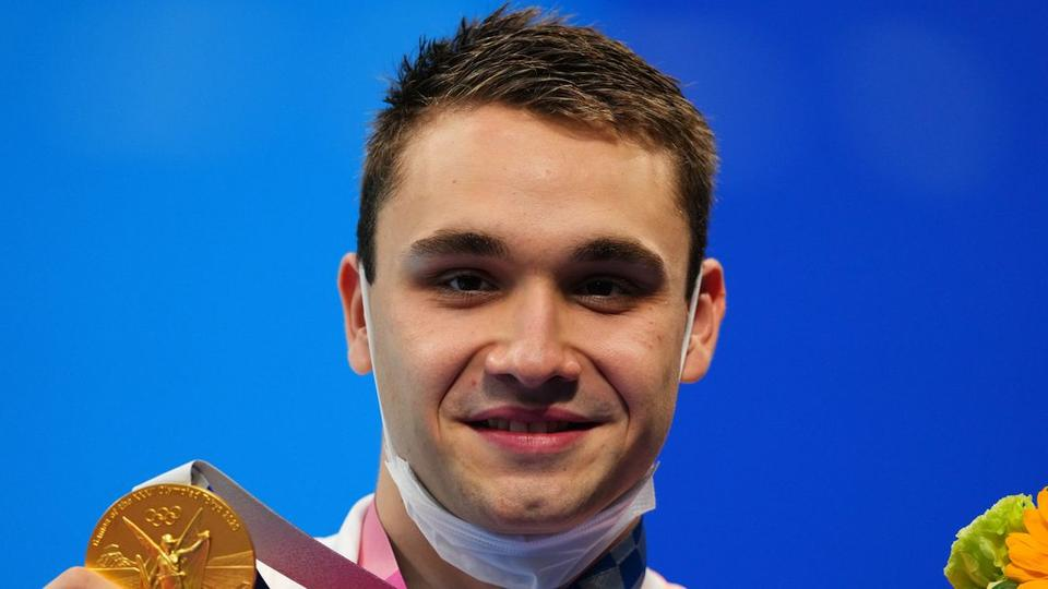 Picture for Swimming-Rattled Milak overcomes ripped trunks to win gold for Hungary
