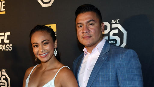 Michelle Karate Hottie Waterson Almost Kos Husband Joshua Gomez At Ufc Tampa Open Workouts With Head Kick News Break Joshua gomez with jp and associates realtors is a real estate professional in richardson, tx. michelle karate hottie waterson