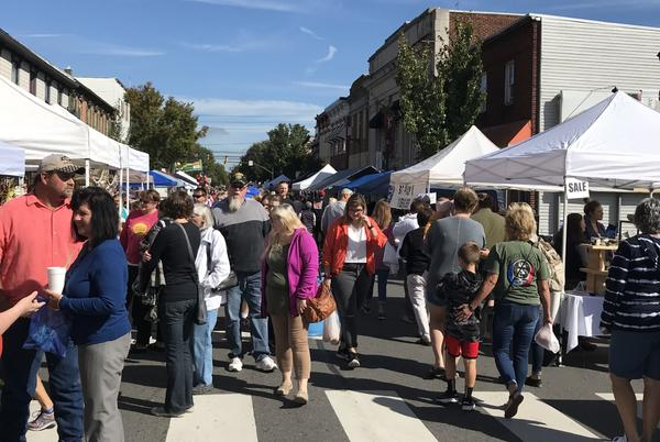 Picture for Selinsgrove Market Street Festival Attracts Thousands