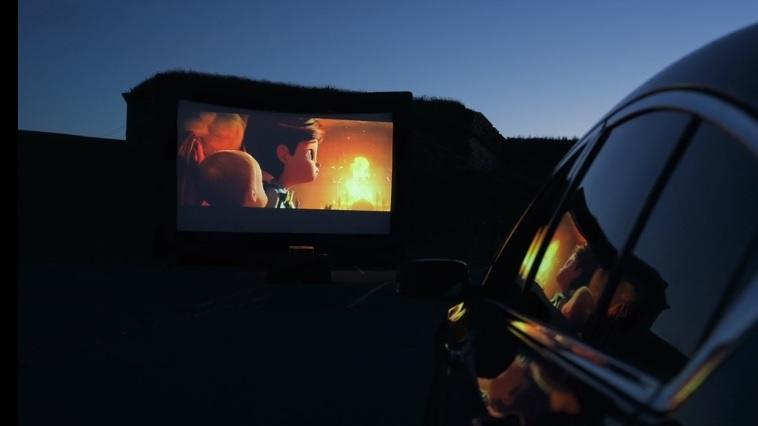 Set Up A Drive In Movie Theater In Your Driveway News Break