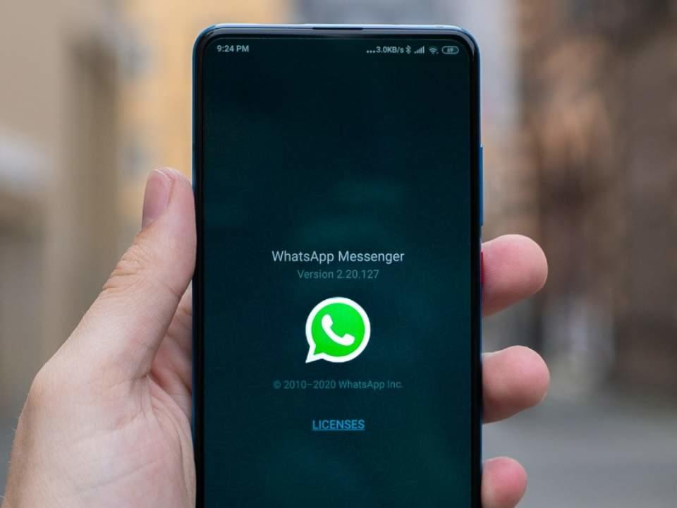 whatsapp-adds-view-once-feature-to-quickly-wipe-photos-and-videos