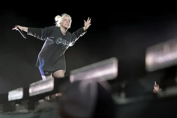 Picture for Billie Eilish lights up Firefly festival in Delaware. The Killers, Tame Impala, and Lizzo hit the stage this weekend.