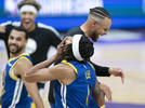 Picture for Stephen Curry throws some serious shade at Keith Smart and Acie Law