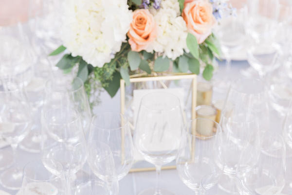 Picture for THE VINEYARD BRIDE GUIDE   PLACE SETTINGS + TABLE DECOR STYLING ELEMENTS