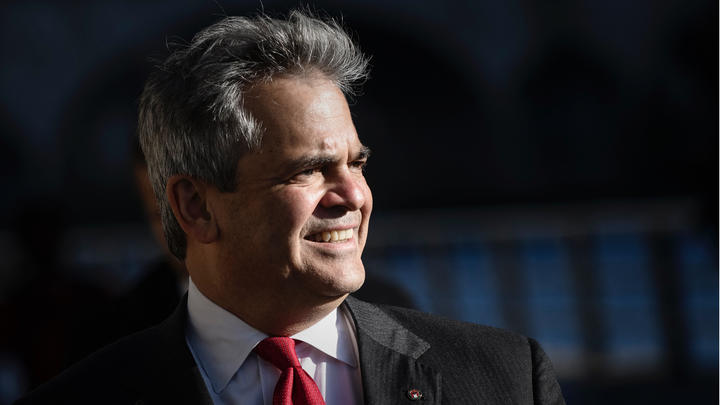 Cover for Austin Texas Mayor Steve Adler not worried about Covid-19 outbreaks after ACL Music Fest became a superspreader event