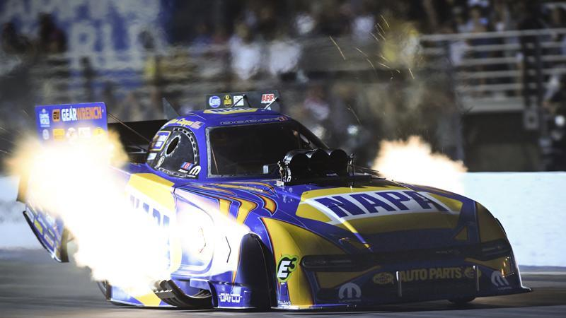 Picture for Capps, Pruett give Schumacher nitro sweep at Winternationals