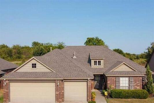 Picture for 4 Bedroom Home in Owasso - $289,000